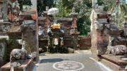 Pura Taman Sari Baha; Mau Dikelola Profesional, Air Berubah Keruh
