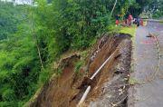 Diguyur Hujan, Bahu Jalan Bangli-Kintamani Longsor