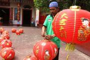 Jelang Imlek, Keleteng Hok Sian Kiong Percantik Diri