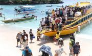 Wisatawan Asing Mulai Dipungut Retribusi, Nusa Penida Terancam Krodit