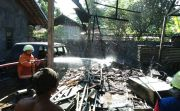 Tiner Tumpah Terkena Percikan Api Las, Bengkel Mobil Ludes Terbakar