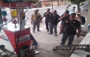 Buka 24 Jam, Pol PP Semprit Sejumlah Toko di Gianyar