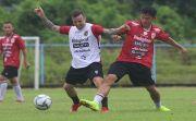 Diisukan Lepas Dua Pemain, Sutanto Tan Masuk Radar PSIM Jogjakarta