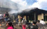 Ditinggal Berangkat Kerja, Rumah Terbakar, Sudiarta Rugi Rp 100 Juta