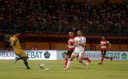 """Kemenangan Bali United Makan Korban, Ridho Maafkan Aksi """"Brutal"""" Spaso"""