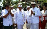 Hadiri Piodalan di RS Sanglah, Bupati Giri Harap Pelayanan Makin Baik