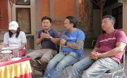 Kurangi Resiko Sampah, Komunitas Malu Dong Pasang Asbak Raksasa