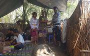 Dorong Pengantin Pakai Bahan Non Plastik, Hadiah Utamanya Babi Hitam