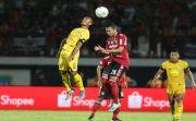Dilirik Klub Malaysia & Thailand, Respons Ricky Fajrin Mengejutkan