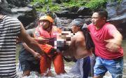 Renang di Air Terjun Usai Gotong Royong, Warga Klandis Tewas Tenggelam