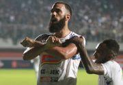 Jelang Kontra Bali United, Aremania Tuntut Coach Milo Pecat Comvalius