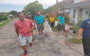 Gelar Lomba Memungut Sampah Plastik, Anggap Sampah Adalah Rejeki