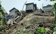 Rumah Satu-satunya Diterjang Longsor, Nata Berharap Dapat Bantuan