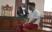 Dituntut 16 Bulan Penjara, Perbekel Pemecutan Kaja Tertunduk Pasrah