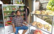 Sambut Bali Era Baru, Perajin Topeng di Gianyar Mulai Garap Stok