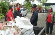 Banjar Munduk Dikarantina 14 Hari, Relawan Srikandi Pasok Bumbu Dapur