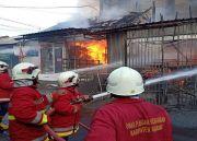 Lima Unit Ruko dan Satu Rumah di Badung Ludes Terbakar