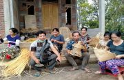 Warisi Jejak Leluhur, Bikin Kreasi Anyaman Bambu Ikuti Selera Pasar