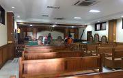 Usir Covid Usai Staf Positif, Gedung PN Gianyar Disemprot Disinfektan