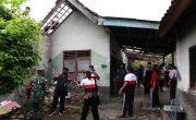 MIRIS! Keluarga Lansia Miskin Tinggal di Rumah Bobrok, Ada yang ODGJ