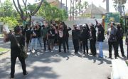 JPU Banding, Pendukung JRX Geruduk Kejati, Sebut Jaksa Tak Tahu Malu