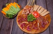 Semarak Pesta Barbeque Bersama Stickee