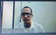 Tergiur Upah Rp 5 Juta, Jaringan Sabu Malaysia Dituntut 12 Tahun Bui