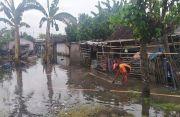 Sepekan Air Banjir Belum Surut, Rumah Warga Pengambengan Terendam