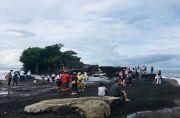 Libur Galungan, Ribuan Turis Lokal Padati DTW Tanah Lot