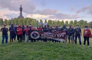 Suporter Serdadu Tridatu Berbagi, Bagikan Takjil dan Peduli Banjir NTT
