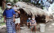 Pilih Tinggal di Hutan sekeluarga, Nasi Jadi Makanan Paling Istimewa