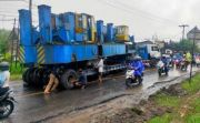 Dua Hari Jalur Denpasar-Gilimanuk Macet Gegara Truk Angkut Alat Berat