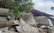 Balita Itu Tertimpa Reruntuhan Bangunan Rumah