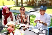 Wah, Menteri Susi Ketagihan Durian Pelangi Banyuwangi