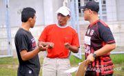 Gusnul Hengkang, Persewangi Tanpa Pelatih