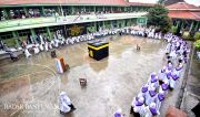 Ribuan Siswa Al Irsyad Al Islamiyah Digembleng Manasik Haji