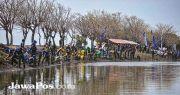 Cegah Abrasi, Ribuan Bibit Mangrove Ditanam di Pulau Santen
