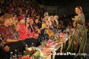 Tampilkan 120 Busana, Instrumen Pengerek Pendapatan Perajin Batik
