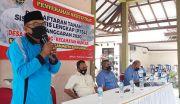 Warga Desa Kumendung Terima Sertipikat PTSL