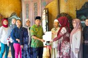 Kadapi Kadiso Resmi Hibahkan Kompleks Masjid Haji Muhammad Cheng Hoo