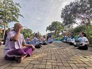Puluhan ODGJ Diajak Senam Yoga