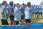Latihan Skuad Persela Tunggu Instruksi Manajemen