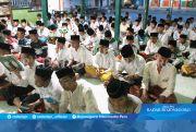 Tren Sekolah Sambil Mondok, Orangtua Lega Meskipun Berjauhan