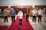 Menko Airlangga Dampingi Wakil Presiden Tinjau Sentra Vaksinasi