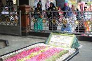 Wisata Religi Makam Gus Dur; Jujukan Peziarah Berbagai Daerah