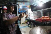 Mentoro Kampung Martabak; Bisnis Turun Temurun, Tak Ada Bumbu Khusus