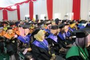 Universitas KH A Wahab Hasbullah Jombang Wisuda 216 Sarjana