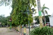 Lampu Alun-alun Jombang Rusak Hingga Hilang, Taman Juga Tak Terawat