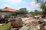 Bangunan Terdampak Proyek Jembatan Baru Ploso Harus Bersih Awal April