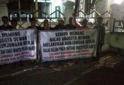Video Aksi Demo Sekelompok Warga Dukung Kunker DPRD Jombang Viral